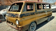 1967 Dodge Sportsman - Gold