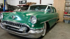 1955 Oldsmobile Rocket 88 - Green